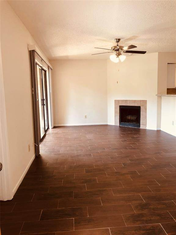 7. Condo / Townhouse for Rent at 2300 Old Spanish Trail #1078 2300 Old Spanish Trail Houston, Texas 77054 United States