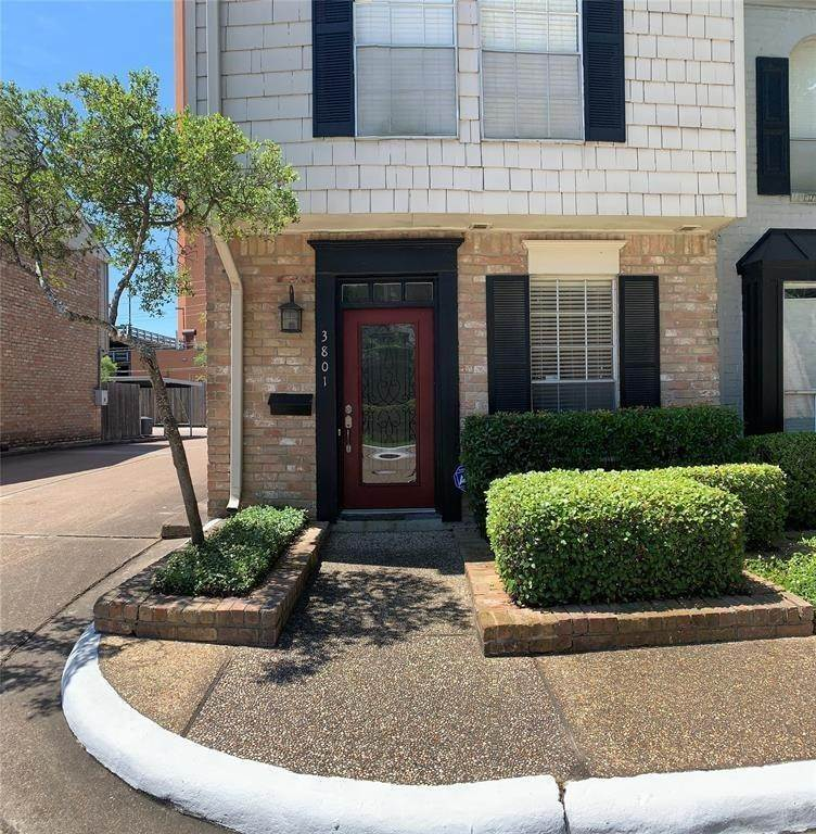 Condo / Townhouse for Rent at 3801 Wakeforest Street Houston, Texas 77098 United States