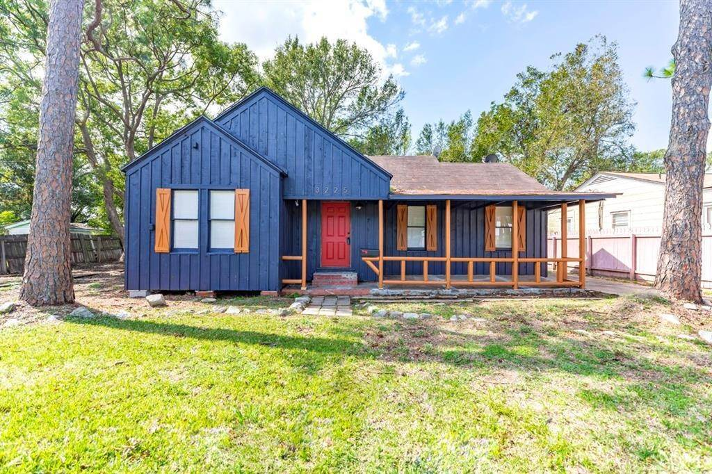Single Family for Sale at 3225 East Drive Groves, Texas 77619 United States