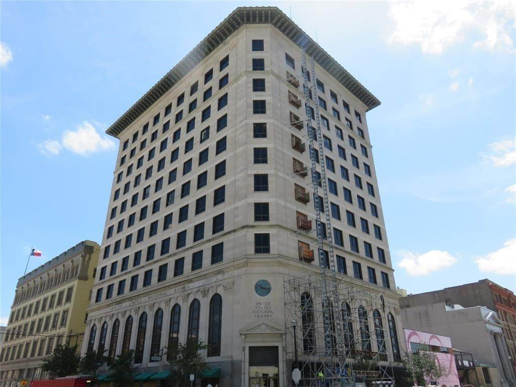 High or Mid-Rise Condo for Rent at 2201 Market #606 2201 Market Galveston, Texas 77550 United States