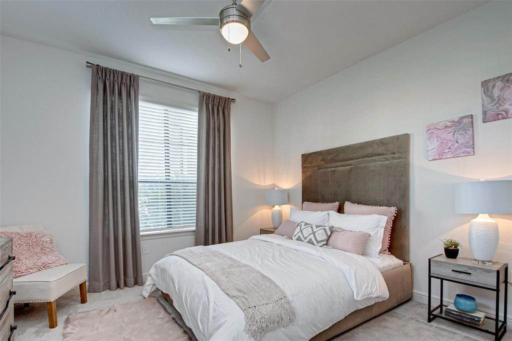 14. High or Mid-Rise Condo for Rent at 21000 Gosling Rd Road #5301 21000 Gosling Rd Road Spring, Texas 77388 United States