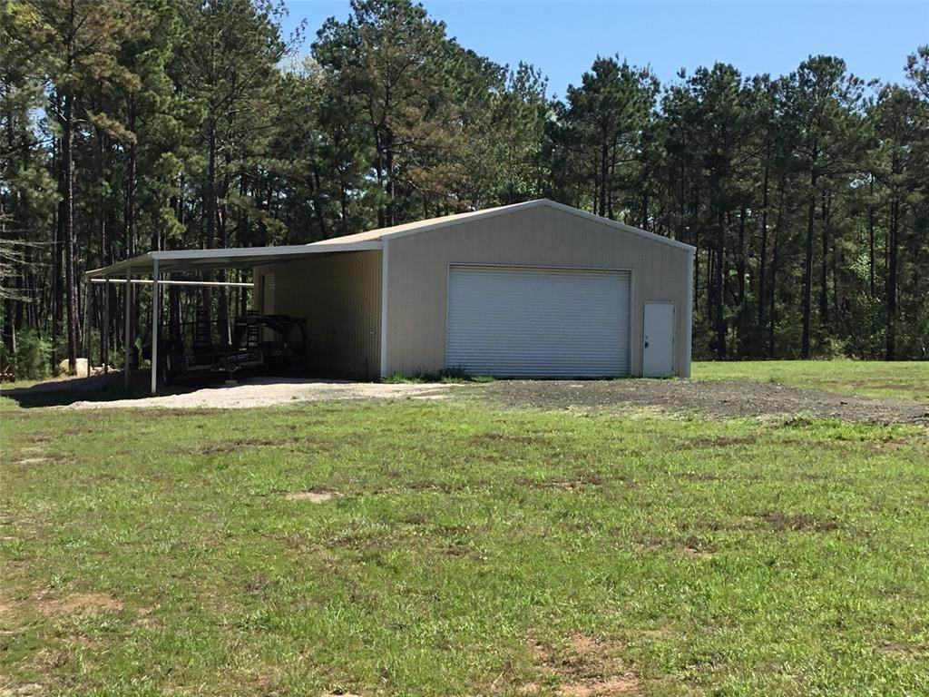 Single Family for Sale at 380 Private Road 8525 Broaddus, Texas 75929 United States