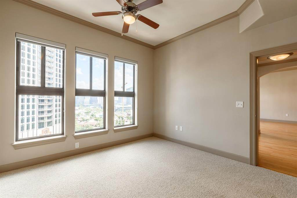 High or Mid-Rise Condo for Rent at 1200 Post Oak Boulevard #1907 1200 Post Oak Boulevard Houston, Texas 77056 United States