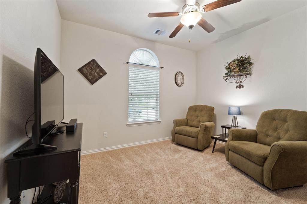 7. Single Family Homes for Rent at 9526 E Nightingale Hill Lane Katy, Texas 77494 United States