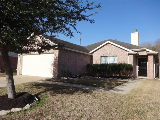 Single Family Homes for Rent at 4814 Quiet Canyon Drive Friendswood, Texas 77546 United States