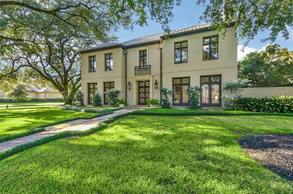 30. Single Family for Sale at 5482 Fieldwood Drive Houston, Texas 77056 United States