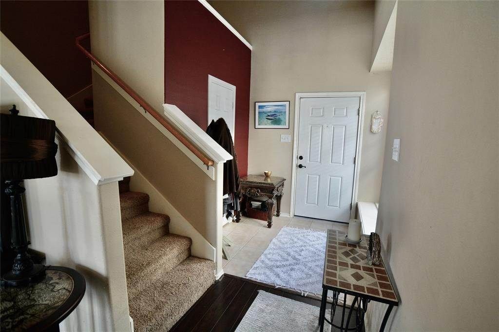 5. Condo / Townhouse for Rent at 5626 Claybeck Lane Katy, Texas 77494 United States