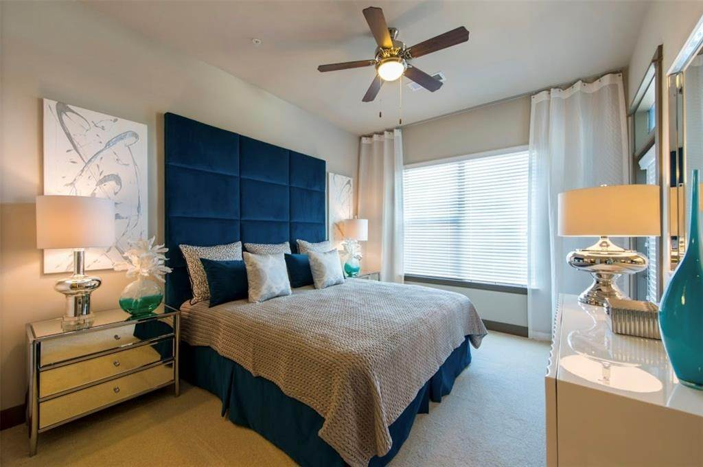 2. High or Mid-Rise Condo for Rent at 5454 Washington Avenue Avenue #1634 5454 Washington Avenue Avenue Houston, Texas 77007 United States