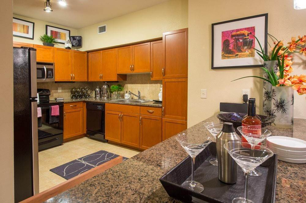 2. High or Mid-Rise Condo for Rent at 3333 Weslayan Street #2240 3333 Weslayan Street Houston, Texas 77027 United States