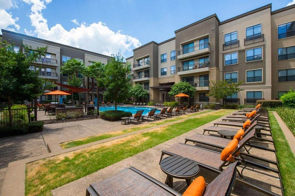 20. High or Mid-Rise Condo for Rent at 3333 Weslayan Street #2240 3333 Weslayan Street Houston, Texas 77027 United States