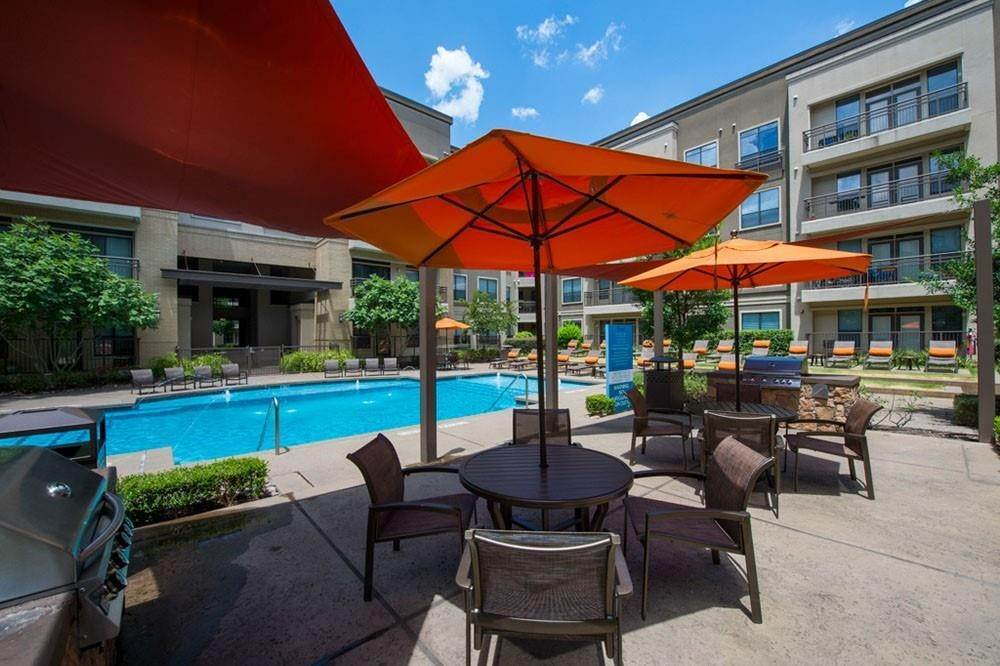 5. High or Mid-Rise Condo for Rent at 3333 Weslayan Street #2240 3333 Weslayan Street Houston, Texas 77027 United States
