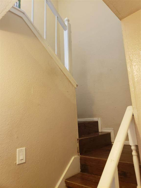 14. Condo / Townhouse for Rent at 6200 W Tidwell Road #1712 6200 W Tidwell Road Houston, Texas 77092 United States