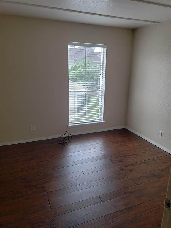 17. Condo / Townhouse for Rent at 6200 W Tidwell Road #1712 6200 W Tidwell Road Houston, Texas 77092 United States
