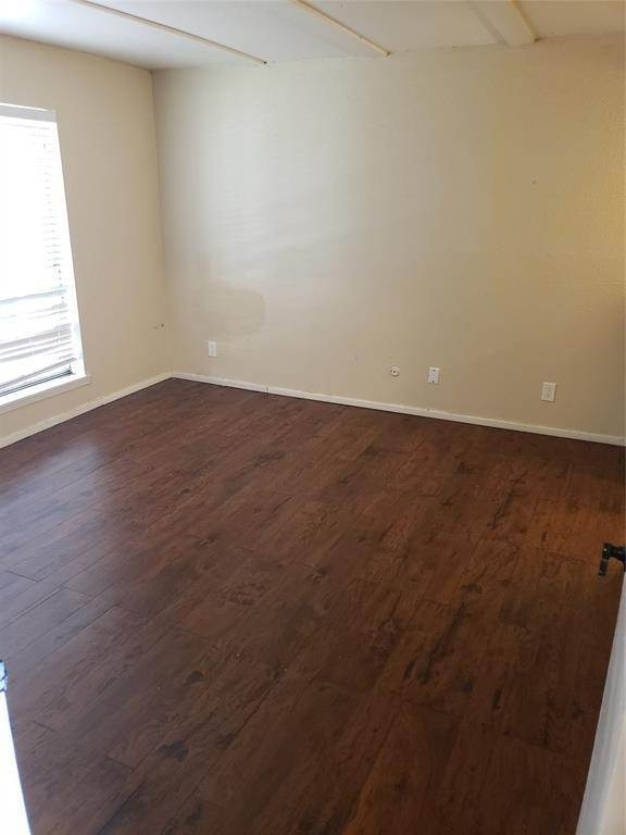 26. Condo / Townhouse for Rent at 6200 W Tidwell Road #1712 6200 W Tidwell Road Houston, Texas 77092 United States