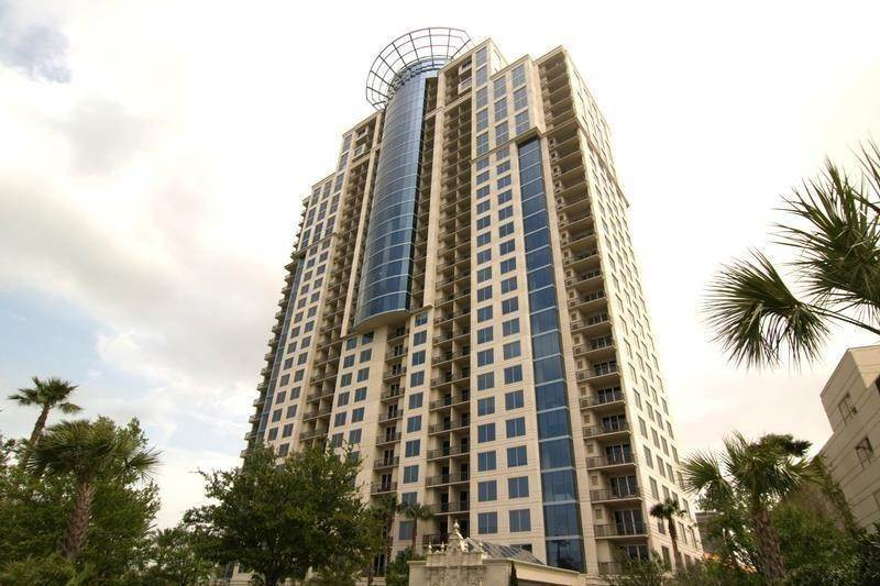 High or Mid-Rise Condo for Rent at 3333 Allen Parkway #1507 3333 Allen Parkway Houston, Texas 77019 United States