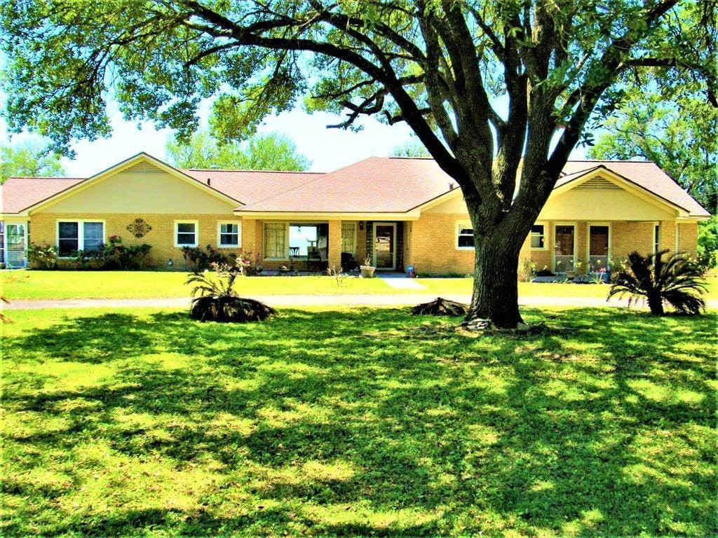 Single Family for Sale at 7944 Highway 71 Garwood, Texas 77442 United States