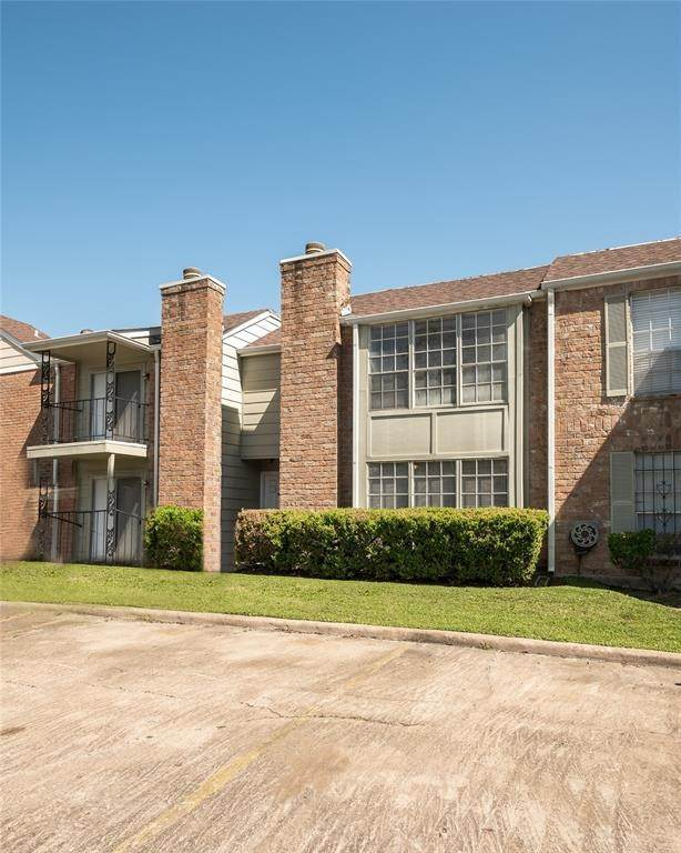 12. Condo / Townhouse for Rent at 2800 Jeanetta St #908 2800 Jeanetta St Houston, Texas 77063 United States