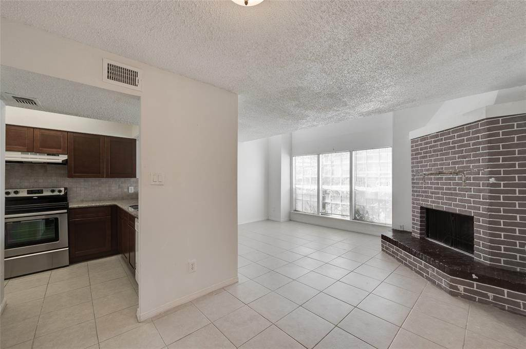 6. Condo / Townhouse for Rent at 2800 Jeanetta St #908 2800 Jeanetta St Houston, Texas 77063 United States